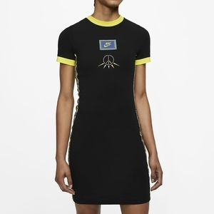 NEW Nike Sportswear Essential Peace Black Dress